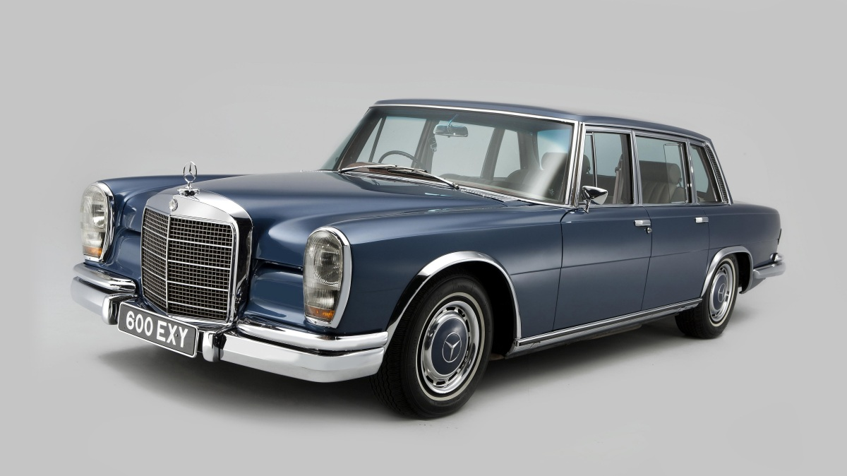 For the dictator on the go: The Mercedes-Benz W100