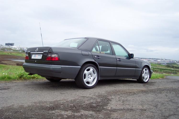 1994 Mercedes Benz E60 AMG 2