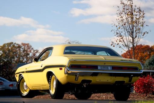 1970 Dodge Challenger 426 Hemi  R/T (rear)