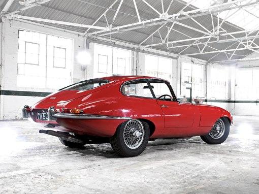 1961 Jaguar E-Type Series 1 (rear)
