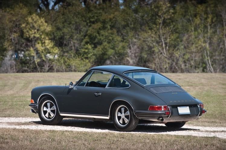 1969 Porsche 911S (rear)