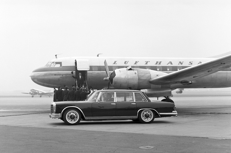 Mercedes-Benz 600 (W100) Vintage Picture