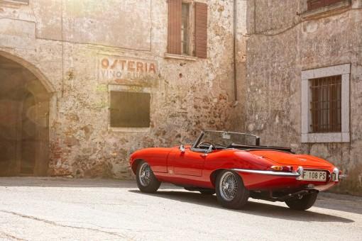 1961 Jaguar E-Type Convertible 2