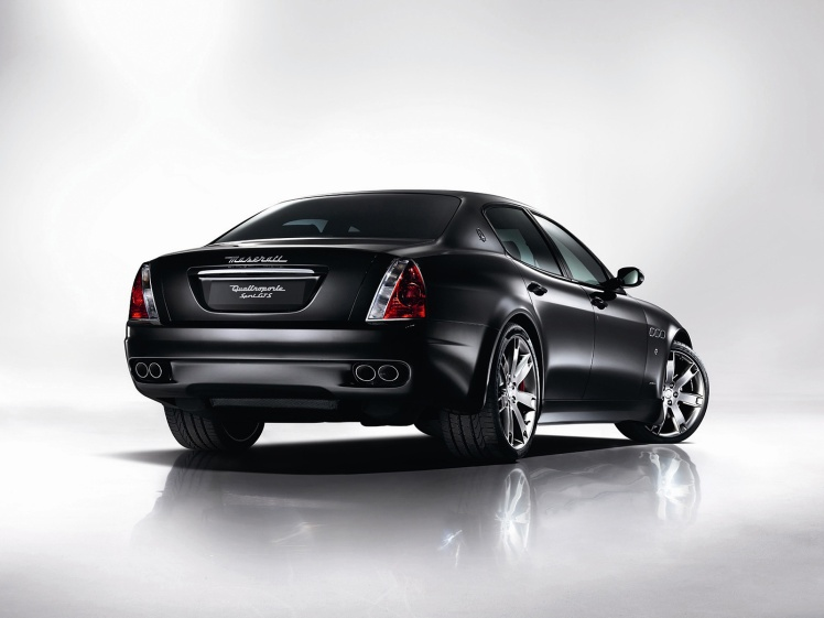 Maserati Quattroporte GTS (rear)
