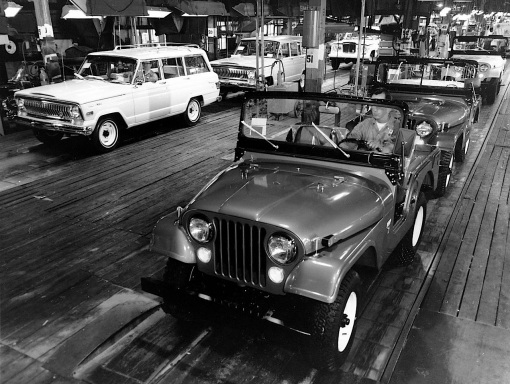 Jeep CJ and Wagoneer assembly line