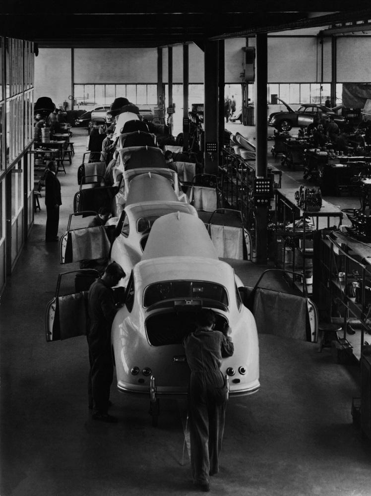 Porsche 356 assembly line