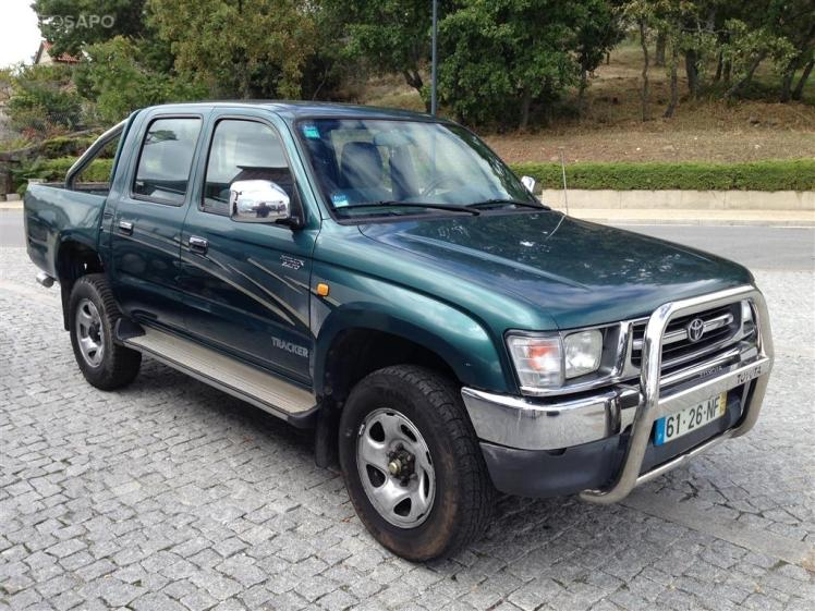 Toyota Hilux Tracker