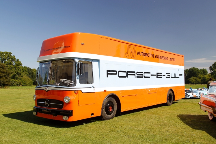 Team Transporter by Porsche Gulf Collection Salon Privé 2012