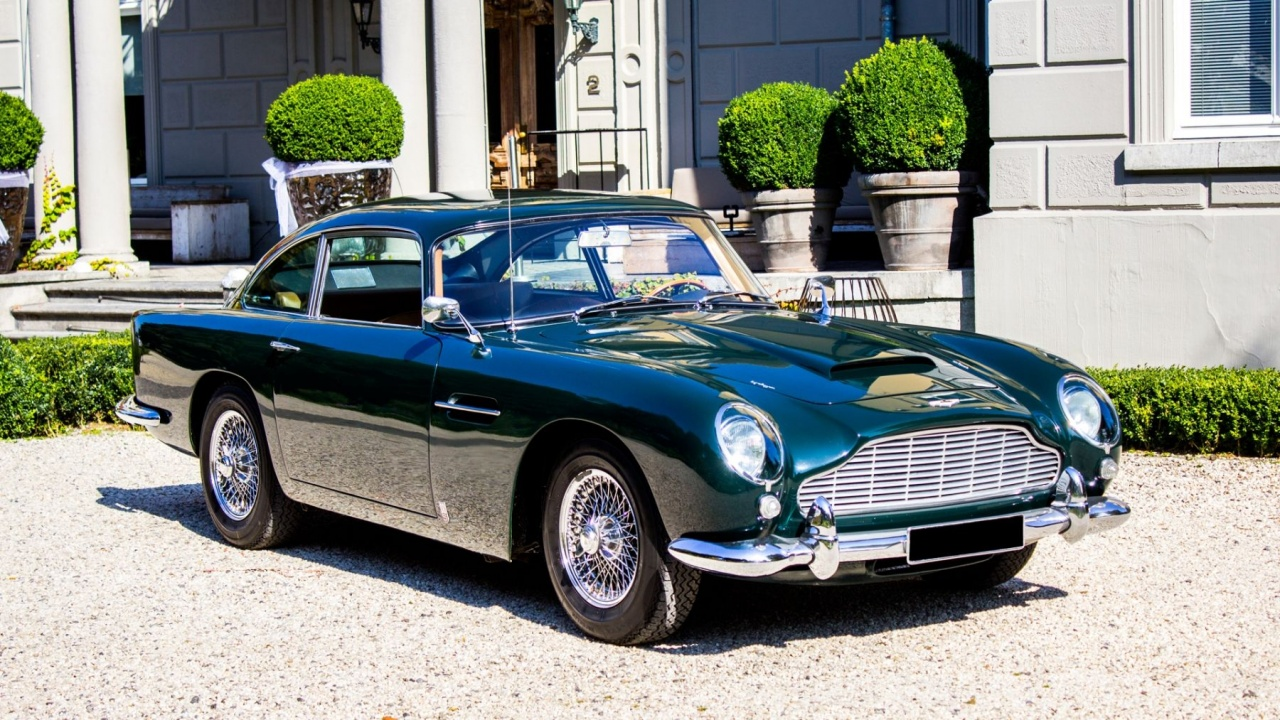 aston martin db5 for sale automotive views. Black Bedroom Furniture Sets. Home Design Ideas
