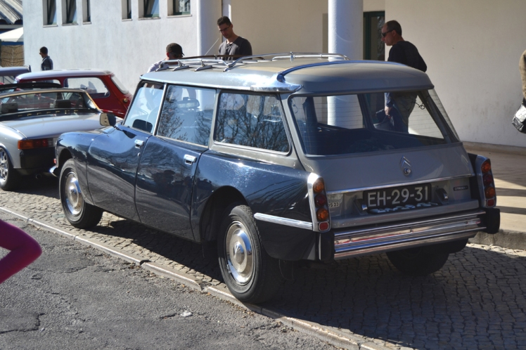 Citroen DS Safari (rear)