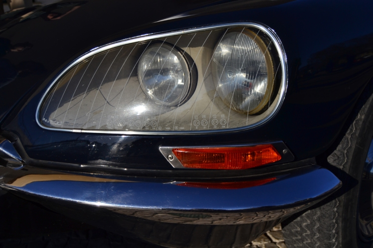 Citroen DS Safari headlight