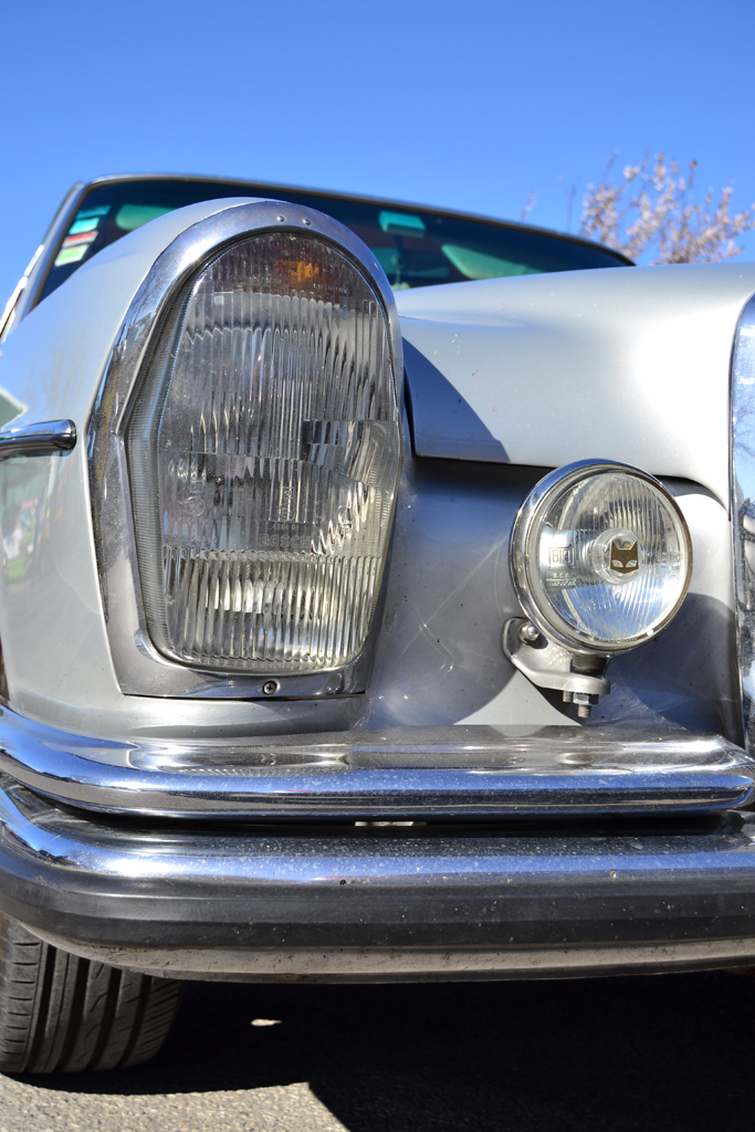 Mercedes Benz W108 Sedan (headlight)