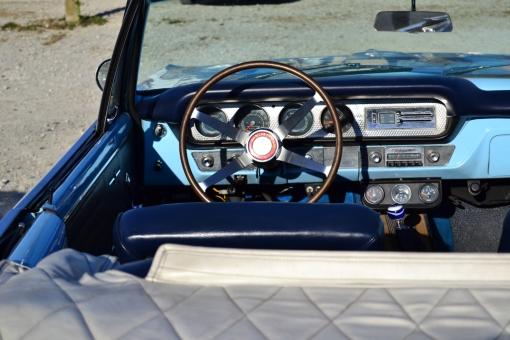 1964 Pontiac GTO Convertible (interior)