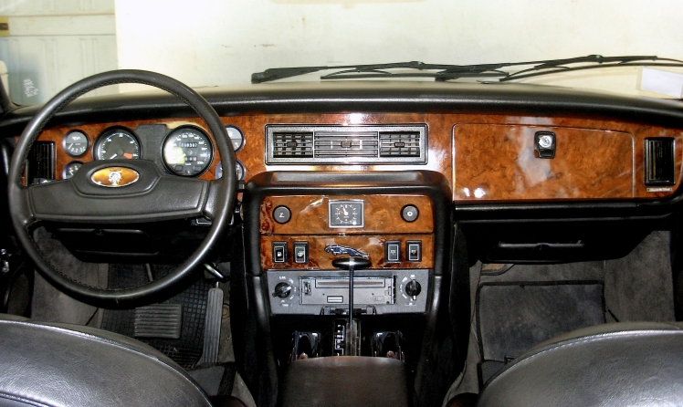 Jaguar XJ6 Series III Interior