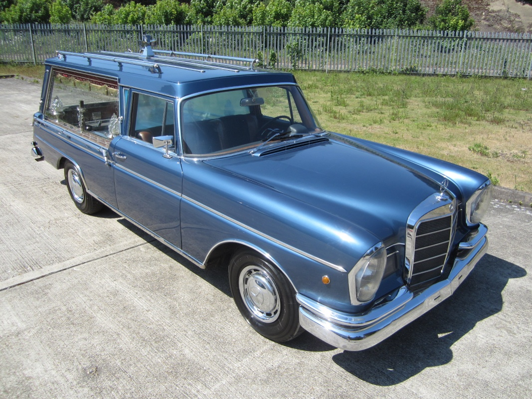 Classic hearse for sale automotive views for Mercedes benz hearse