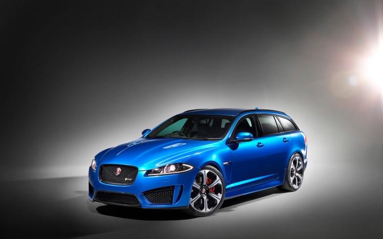 2015-Jaguar-XFR-S-Sportbrake-Studio-1-2560x1600