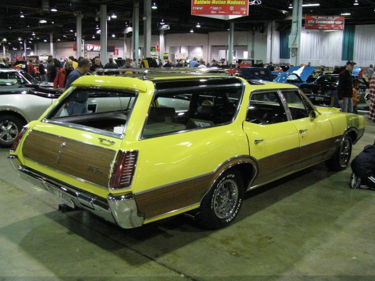 1970 442 W30 Vista Cruiser