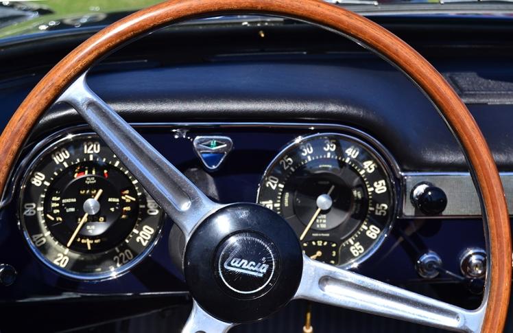 Lancia Flaminia Cabriolet Dashboard