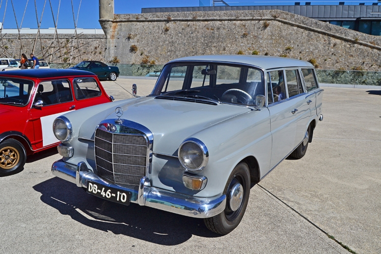 Mercedes Benz 200D Station Wagon