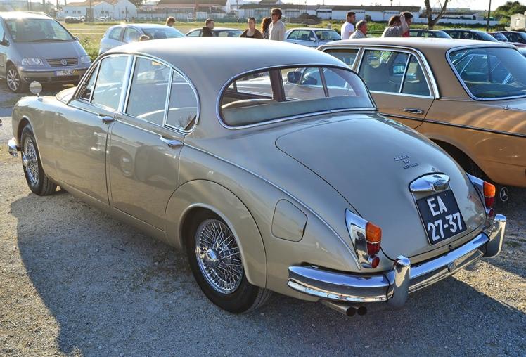 Jaguar MkII 3.8 (Rear)