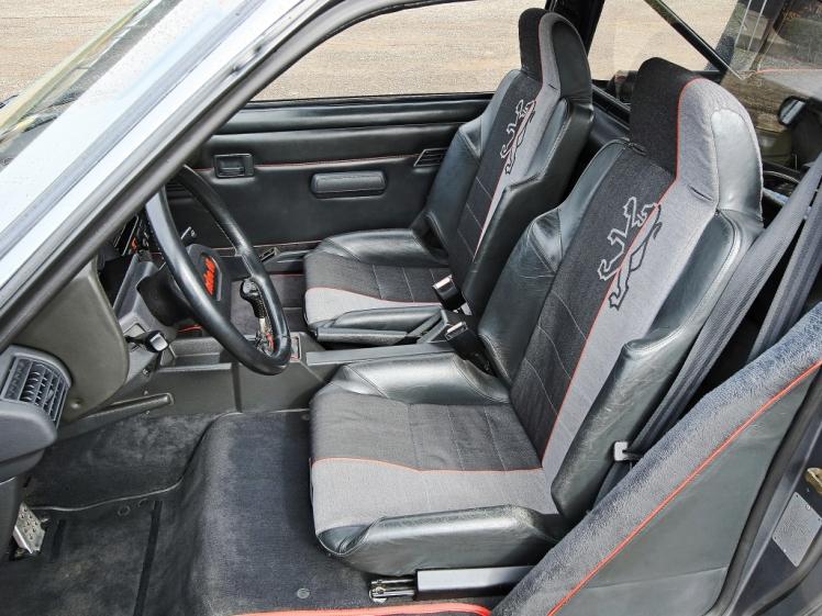 Peugeot 205 T16 (interior) 2