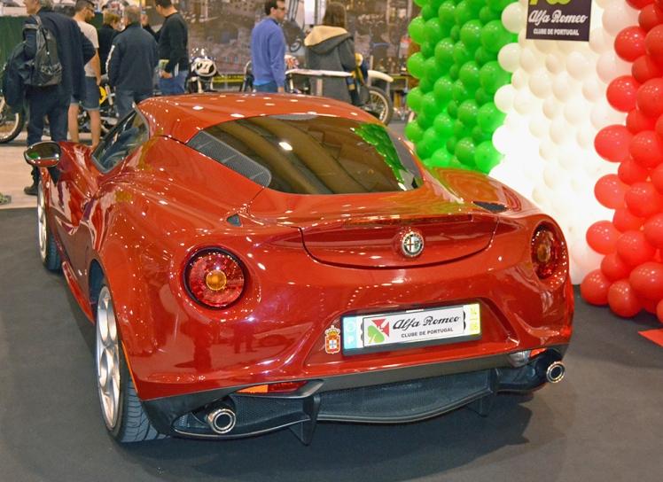 Alfa Romeo 4C (rear)