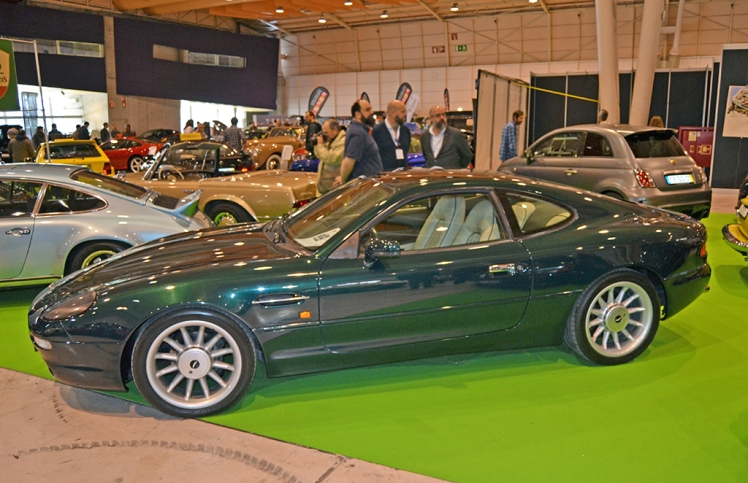 Aston Martin DB7 (profile)