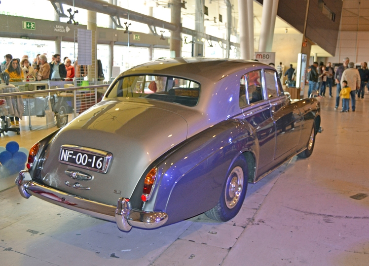 Bentley S3 (rear)