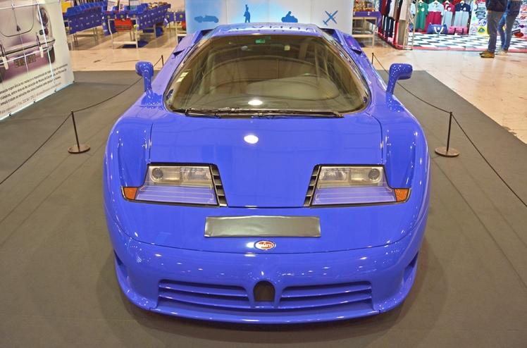 Bugatti EB110 (front)