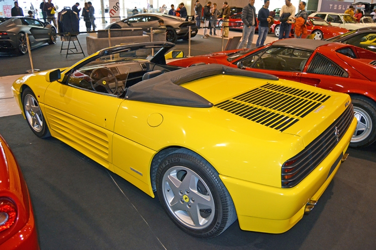 Ferrari 348 Spider (rear)