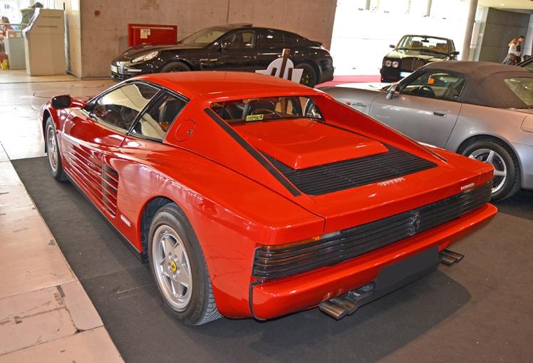 Ferrari Testarossa (rear)