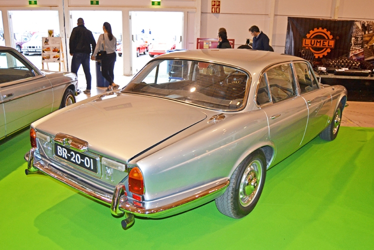 Jaguar XJ Series 2 (rear)