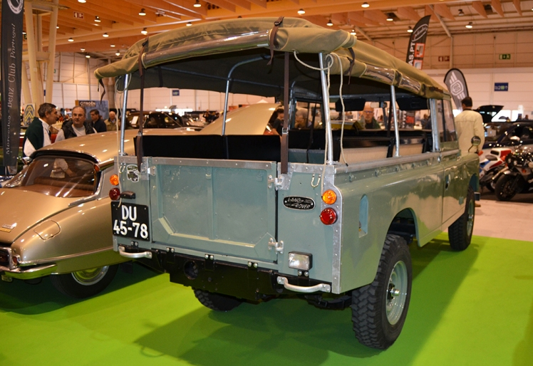 Land Rover Series III (rear)