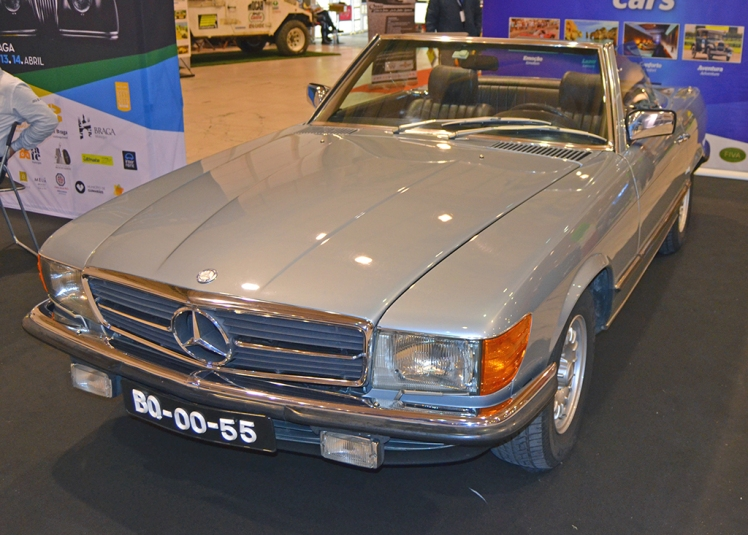 Mercedes Benz 280SL R107