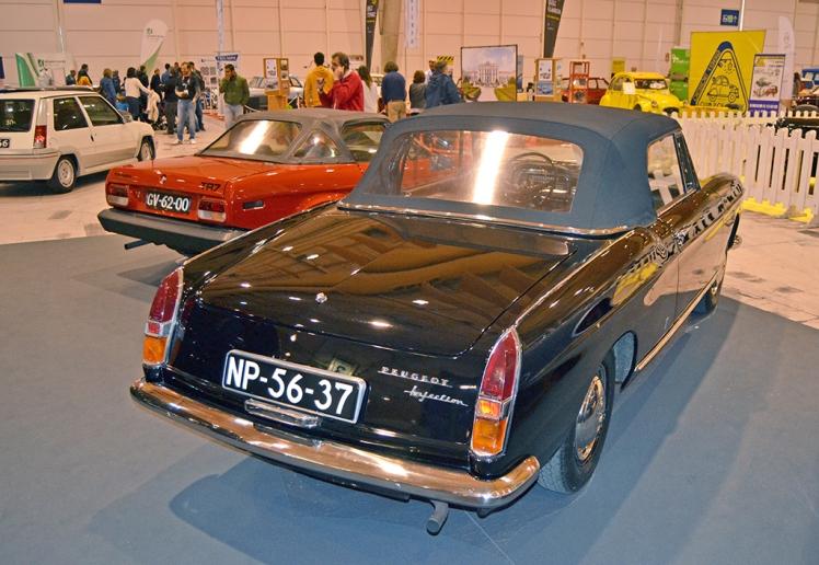 Peugeot 404 Cabriolet (rear)
