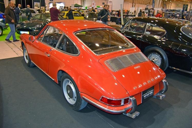 Porsche 911 T (rear)
