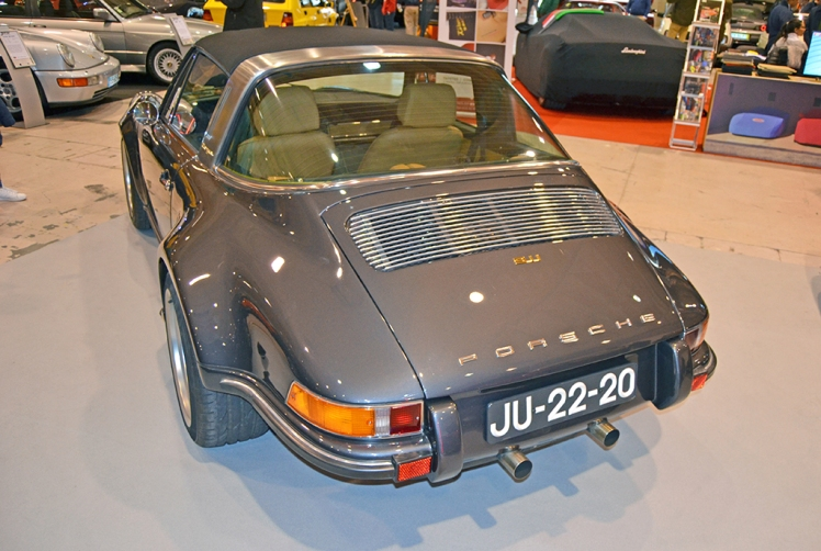 Porsche 911 Targa Restomod (rear)