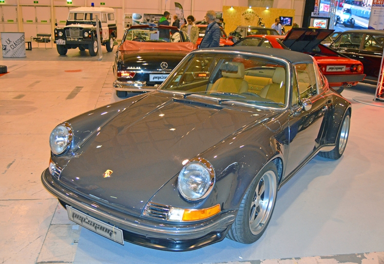 Porsche 911 Targa Restomod