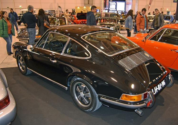 Porsche 911S 2.2 (rear)