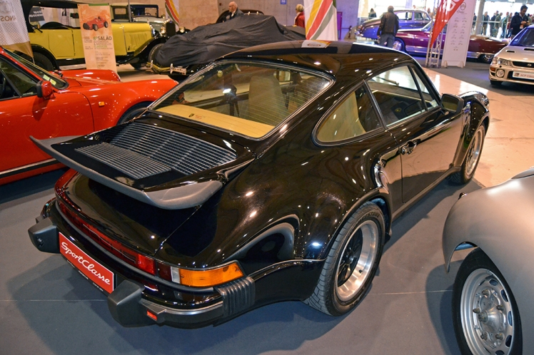 Porsche 930 Turbo (rear)