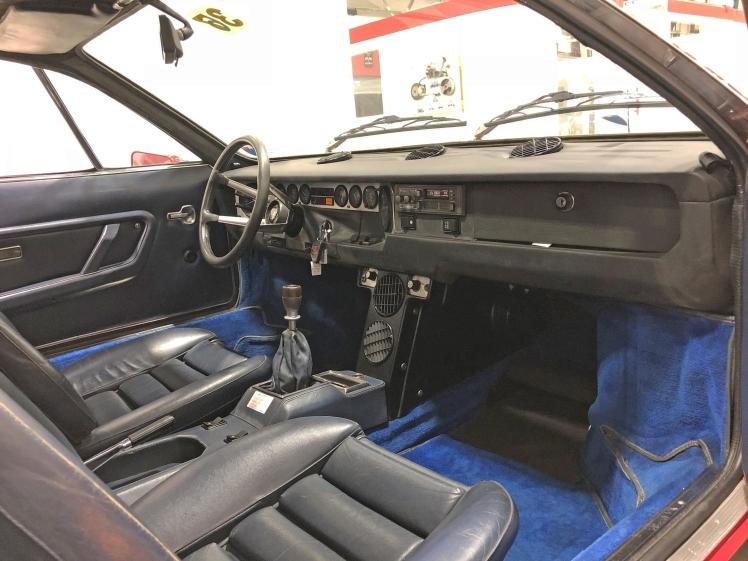 Lamborghini Urraco P250 (interior)