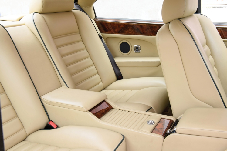 1991 Bentley Continental R (interior - rear)