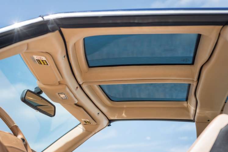 1999 Bentley Continental SC (blue) roof