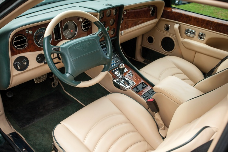 2000 Bentley Continental R Millenium Edition (interior)