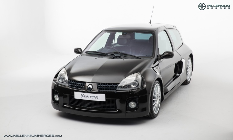 2004 Renault Clio V6 Phase II