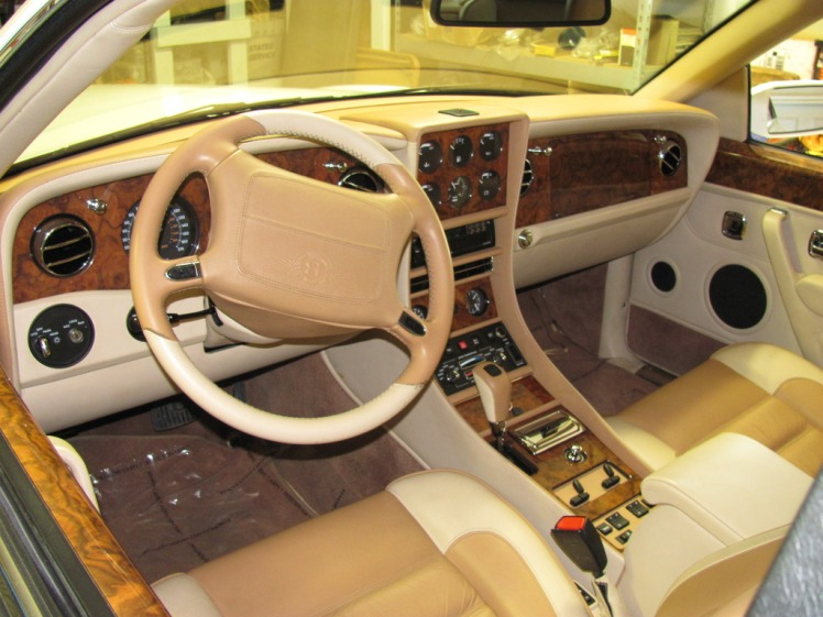 Bentley Continental R California Edition (interior)