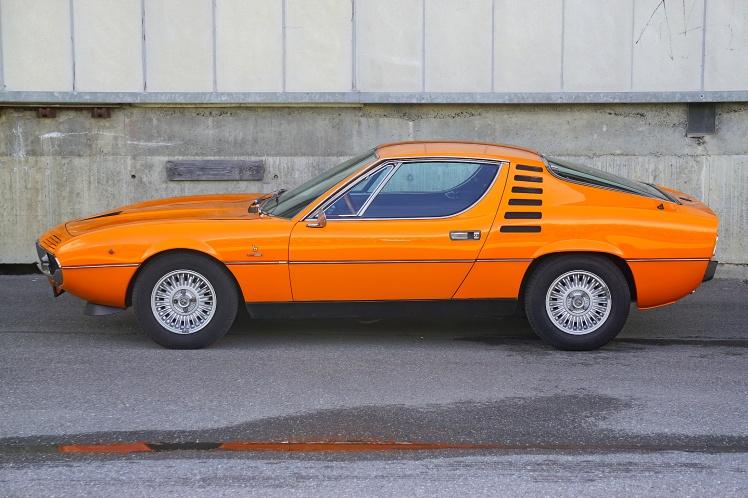 Alfa Romeo Montreal (profile)