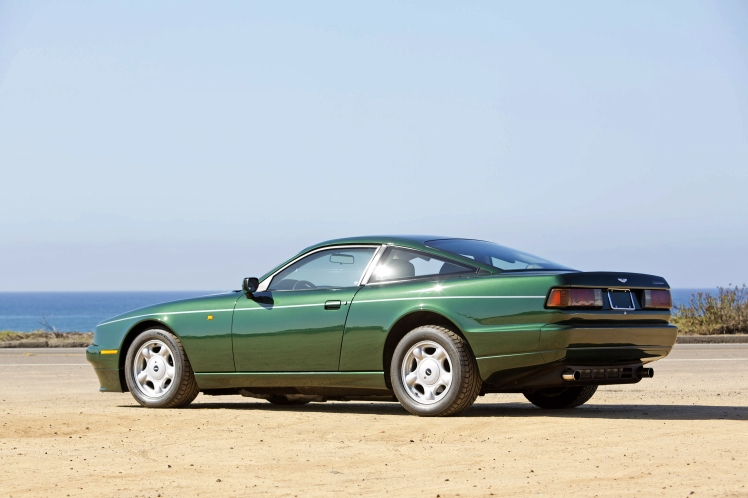 Aston Martin Virage (3 quarters)
