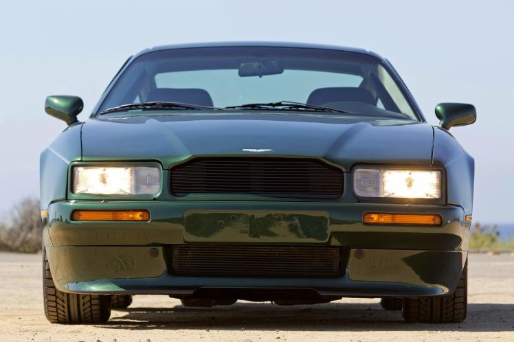 Aston Martin Virage (front)