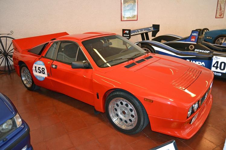 Lancia Rally 037 (2)
